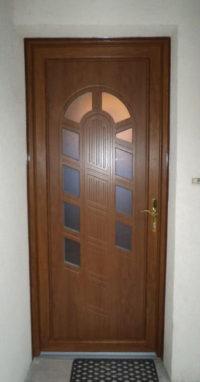 Pose porte d'entrée Angers Saumur