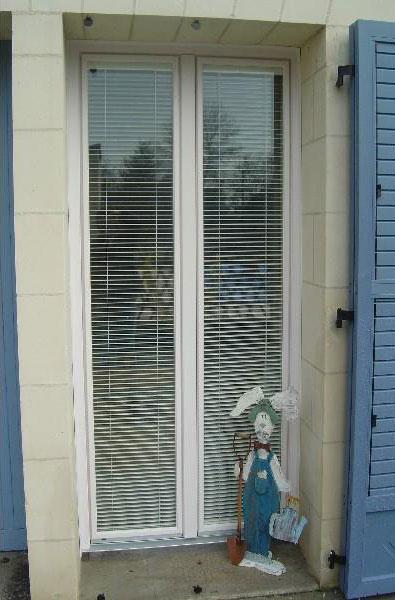 Pose porte fenêtre Menuisier Loire Authion