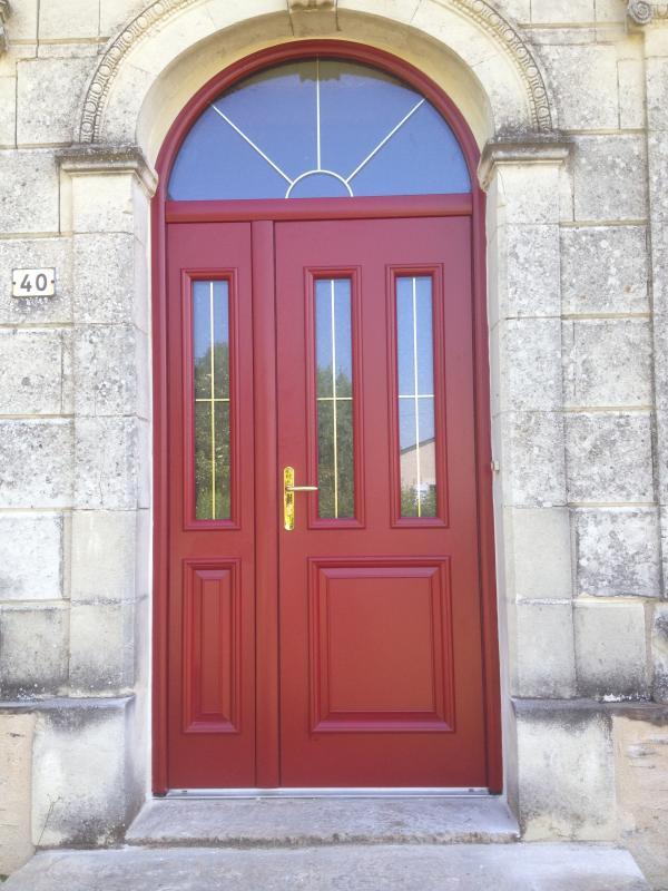 Pose porte d'entrée Angers Saumur Menuisier Loire Authion